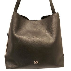 Michael kors black leather tote bag and pouchette